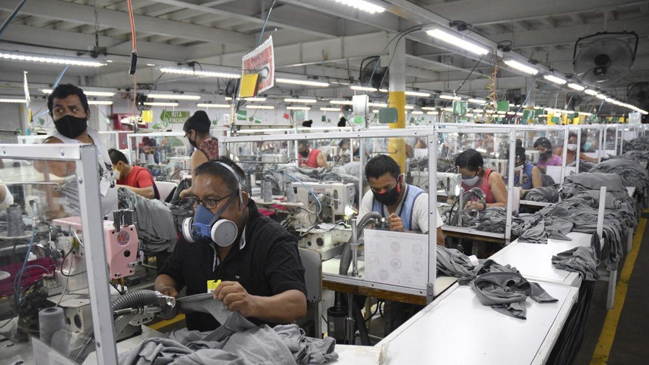 Les usines de textile d'Amérique centrale, ici près de Guatemala City, font partie des points forts de l'économie régionale, avec l'agriculture.