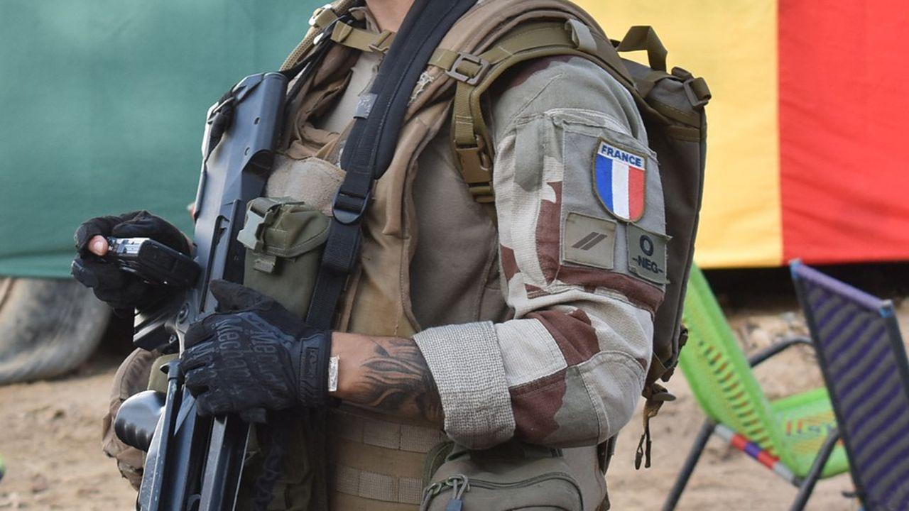 Emmanuel Macron avait annoncé en juin une réduction de la présence militaire française au Sahel et la fin de l'opération antidjihadiste Barkhane.