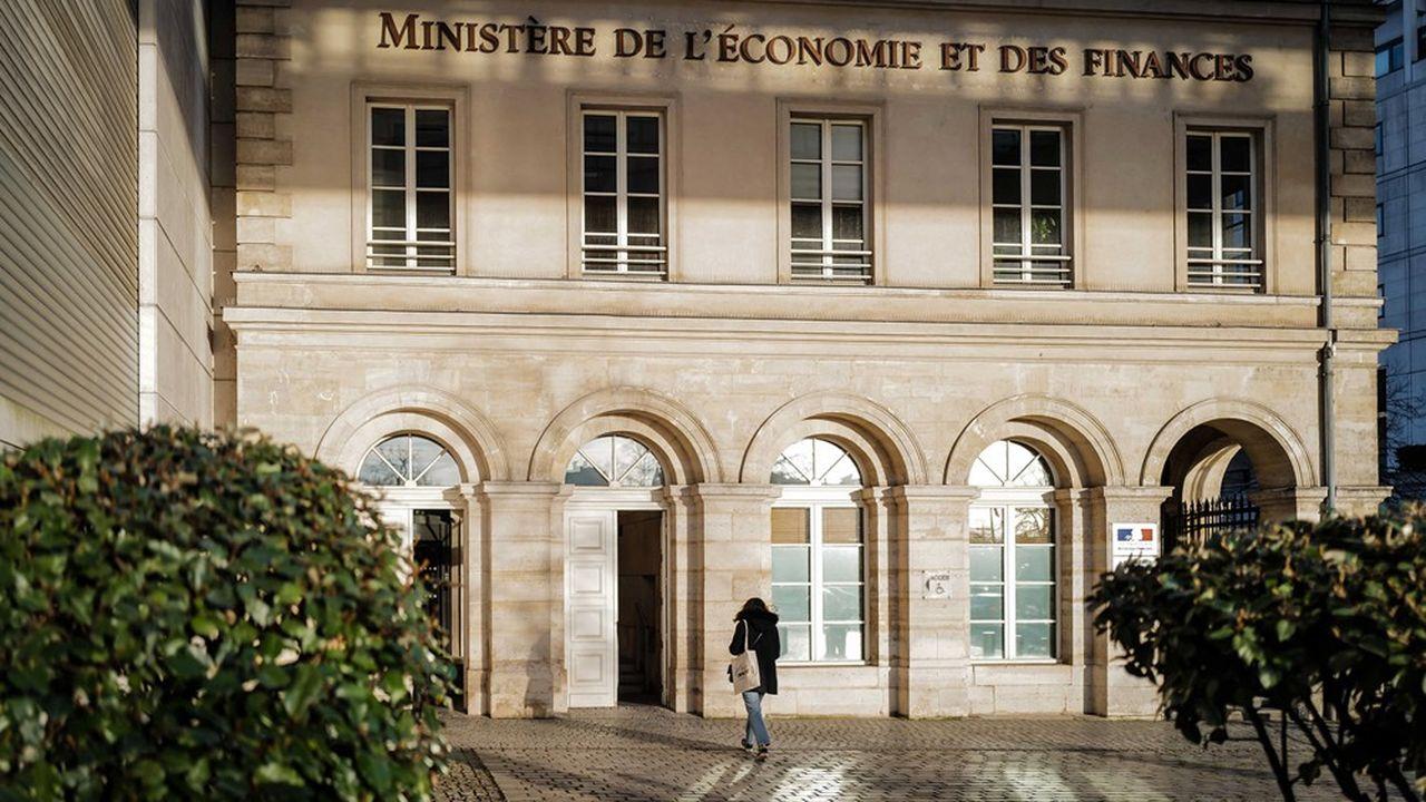 Bercy prévoyait en 2017 de ramener le niveau de dépenses publiques à 51% du PIB en 2022.