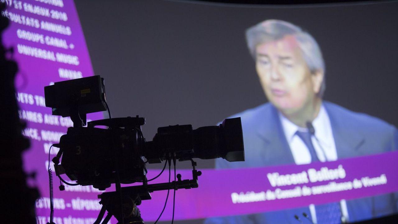 Vivendi se propose de racheter les parts du fonds d'investissement Amber Capital, qui détient 18% des parts de Lagardère, pour 610millions d'euros.
