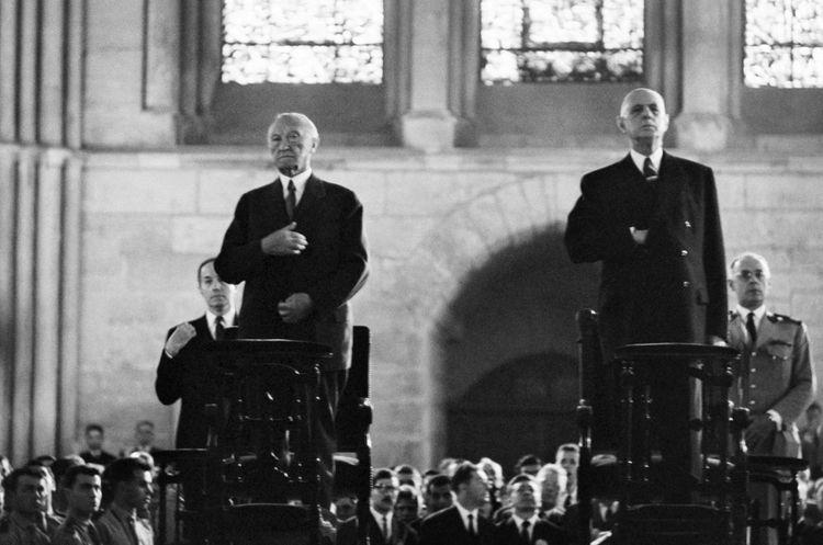 Konrad Adenauer (à gauche) et Charles de Gaulle (à droite) le 8juillet 1962.