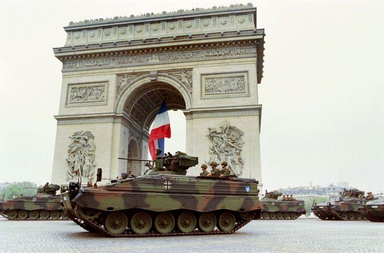 Lors du défilé du 14juillet 1994.