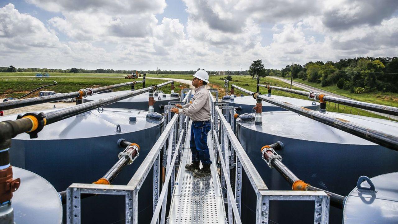 Shell tire un trait sur le pétrole de schiste américain