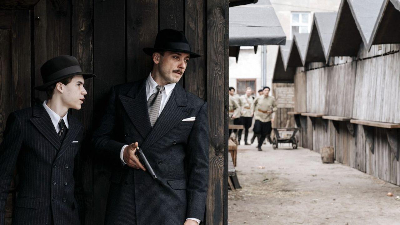 Canal+ compte beaucoup exporter la série «The King», produite en Pologne.