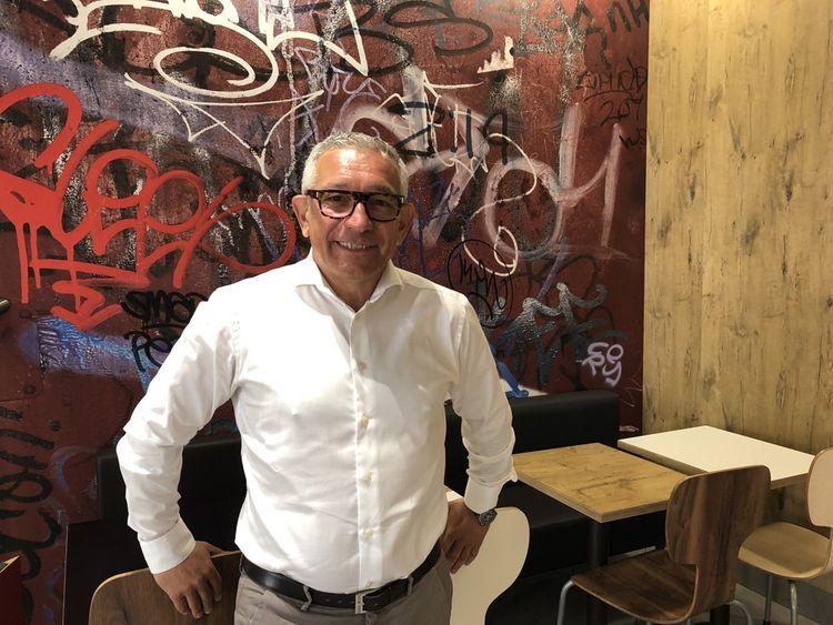 Mario Piromalli, fondateur de Yao!, veut «donner confiance aux jeunes» qui se lancent dans l'entrepreneuriat.
