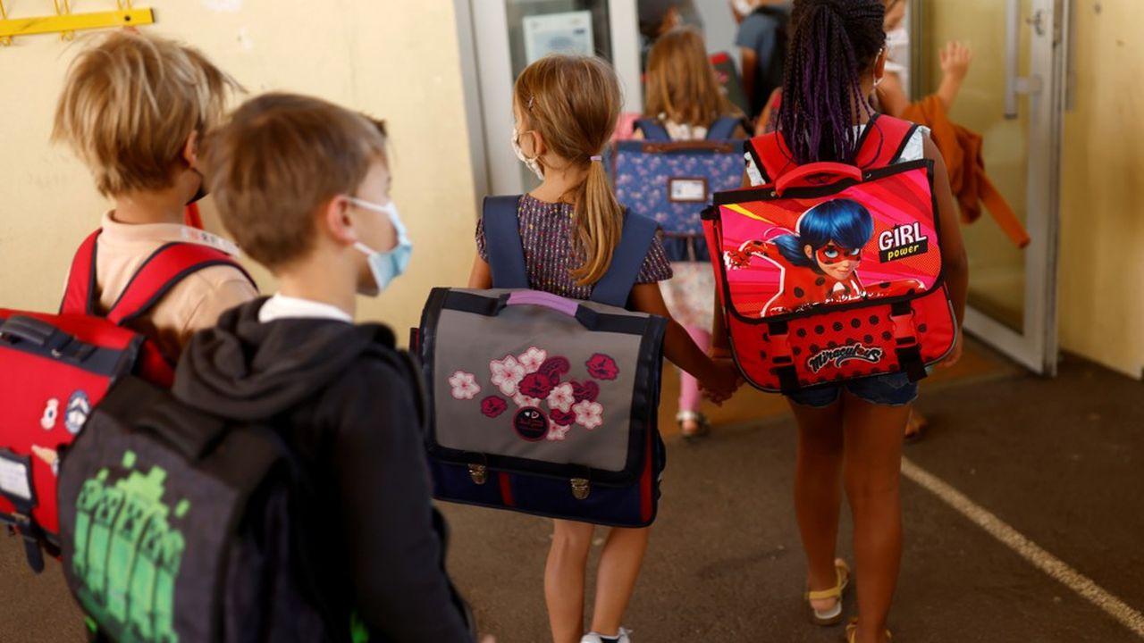 Pour l'heure, le masque était obligatoire pour tous les élèves, dès six ans.