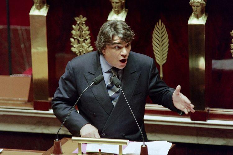 Bernard Tapie, député des Bouches-du-Rhône, s'exprime devant l'Assemblée nationale en juin1994.