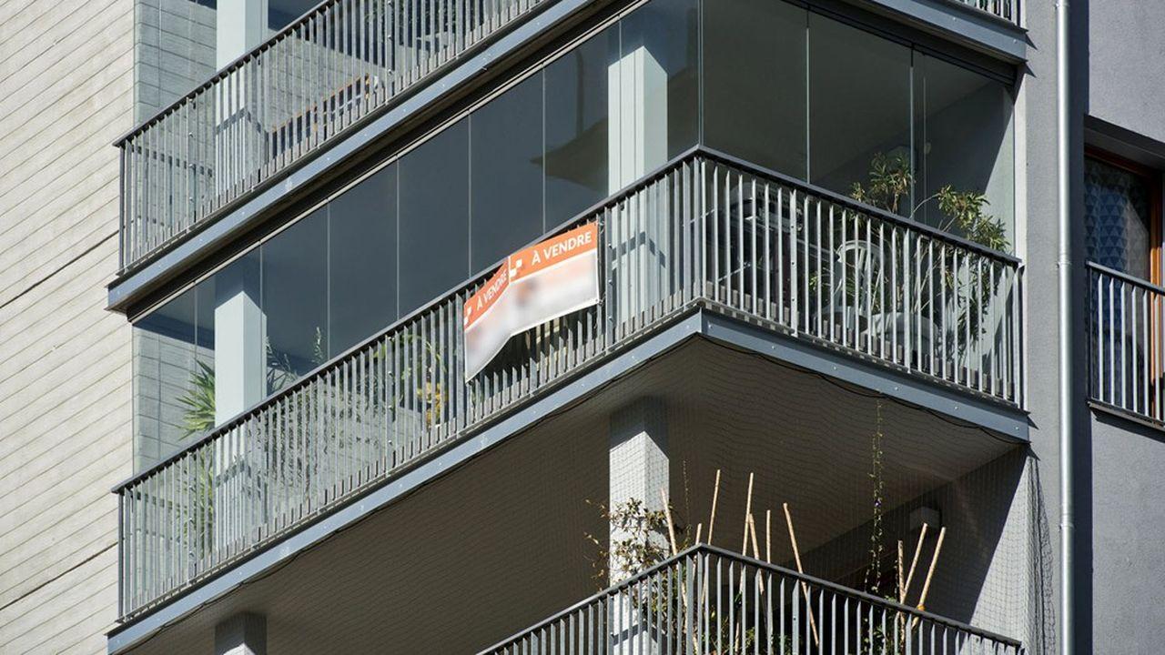 Un appartement à vendre à Grenoble. Le marché de l'immobilier ancien est toujours particulièrement dynamique en province.