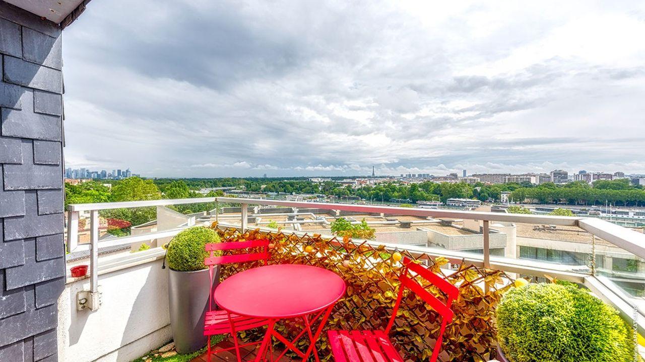 L'appartement de la semaine : un duplex à Saint Cloud avec vue sur la Tour Eiffel