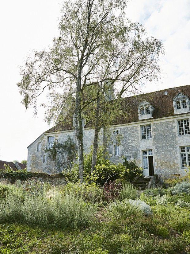 Le manoir acquis par Patrick Arguence, fier d'habiter un monument historique.