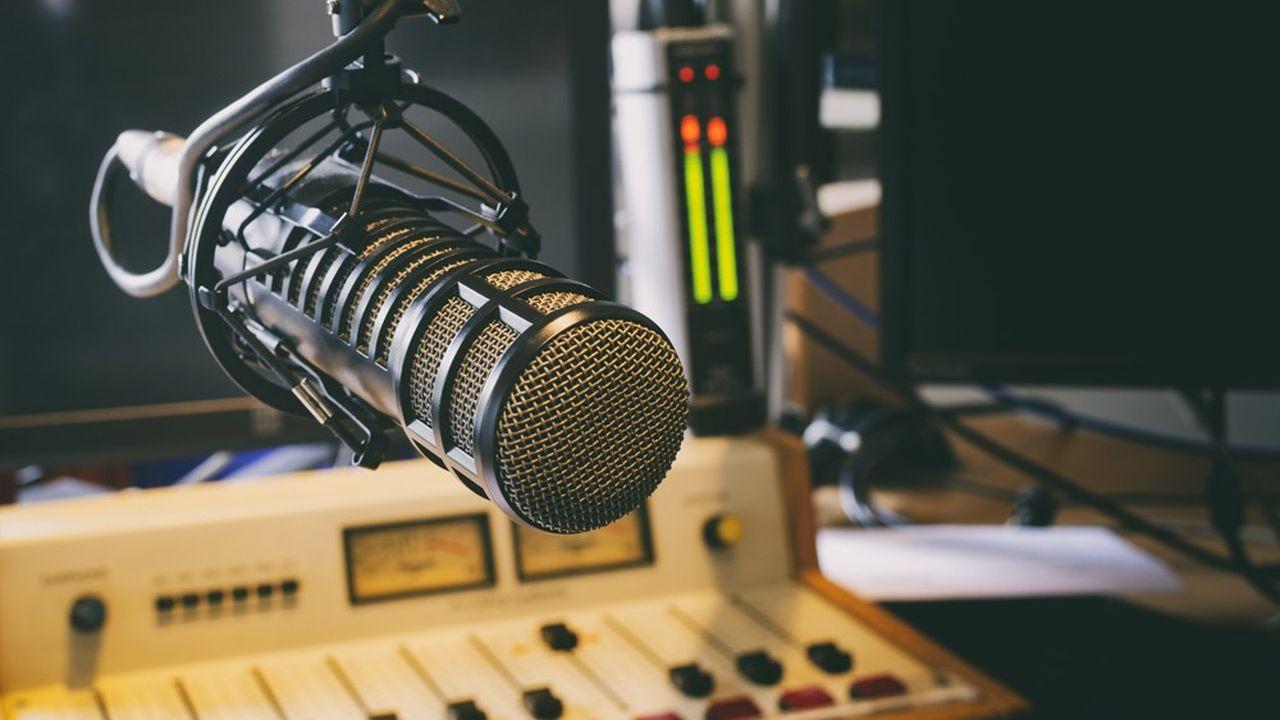 Déjà répandue ailleurs en Europe et déployée dans plusieurs agglomérations urbaines en France, la diffusion radio en DAB+débute au niveau national avec 25stations.