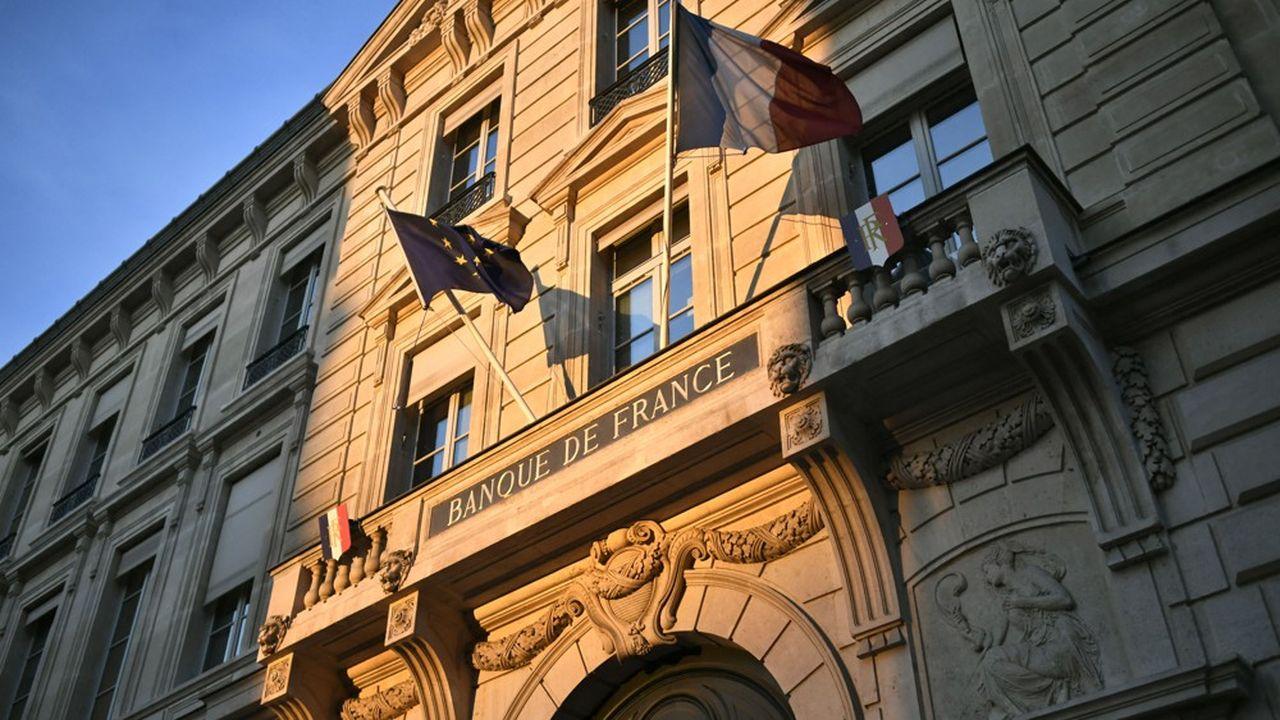 L'inflation devrait redescendre en rythme annuel en dessous de 2% d'ici à la fin de l'année prochaine selon la Banque de France.