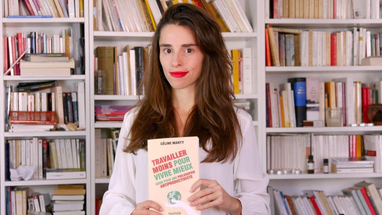 Céline Marty est professeur agrégée de philosophie et doctorante en philosophie du travail sur l'oeuvre d'André Gorz. Elle est diplômée de Sciences Po et de l'université Paris Sorbonne en philosophie.
