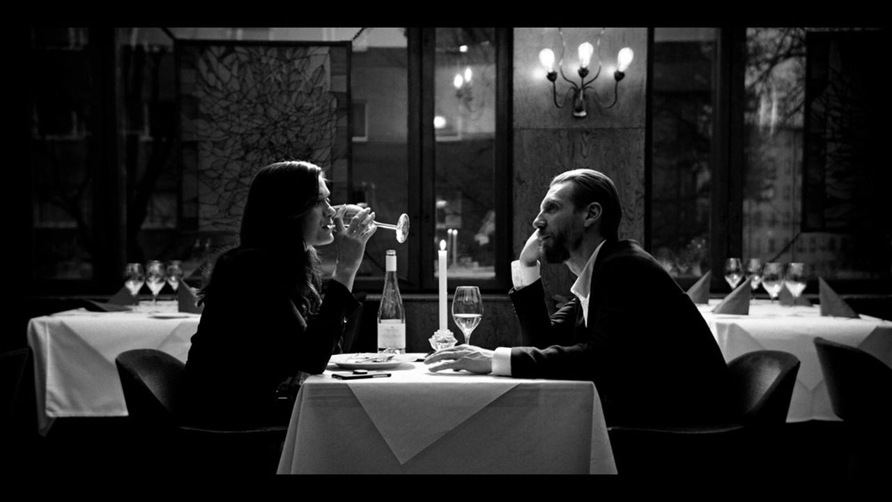 Krista Kosonen et Pekka Strang dans la série finlandaise «Mister 8»