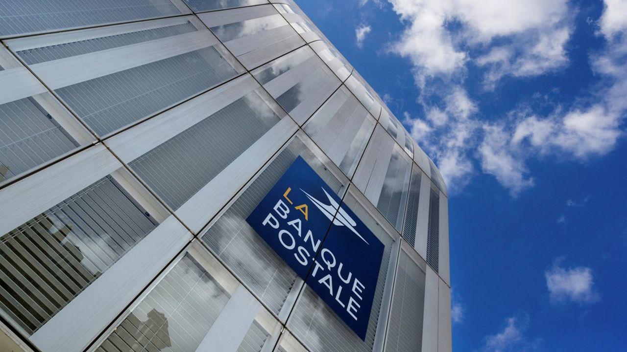 A partir de 2030, la filiale de La Poste ne financera plus d'activités liées aux énergies fossiles.
