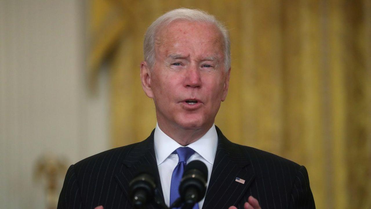 Joe Biden a obtenu des entreprises américaines qu'elles mettent plus de moyens pour le transport des marchandises. Mais cela ne suffira sans doute pas.