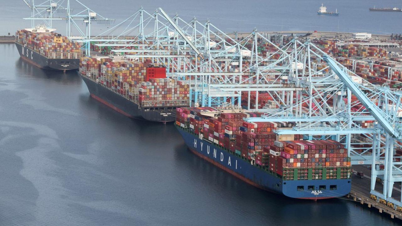 Pour les navires qui transportent du fret, les ports de Los Angeles et Long Beach sont incontournables.