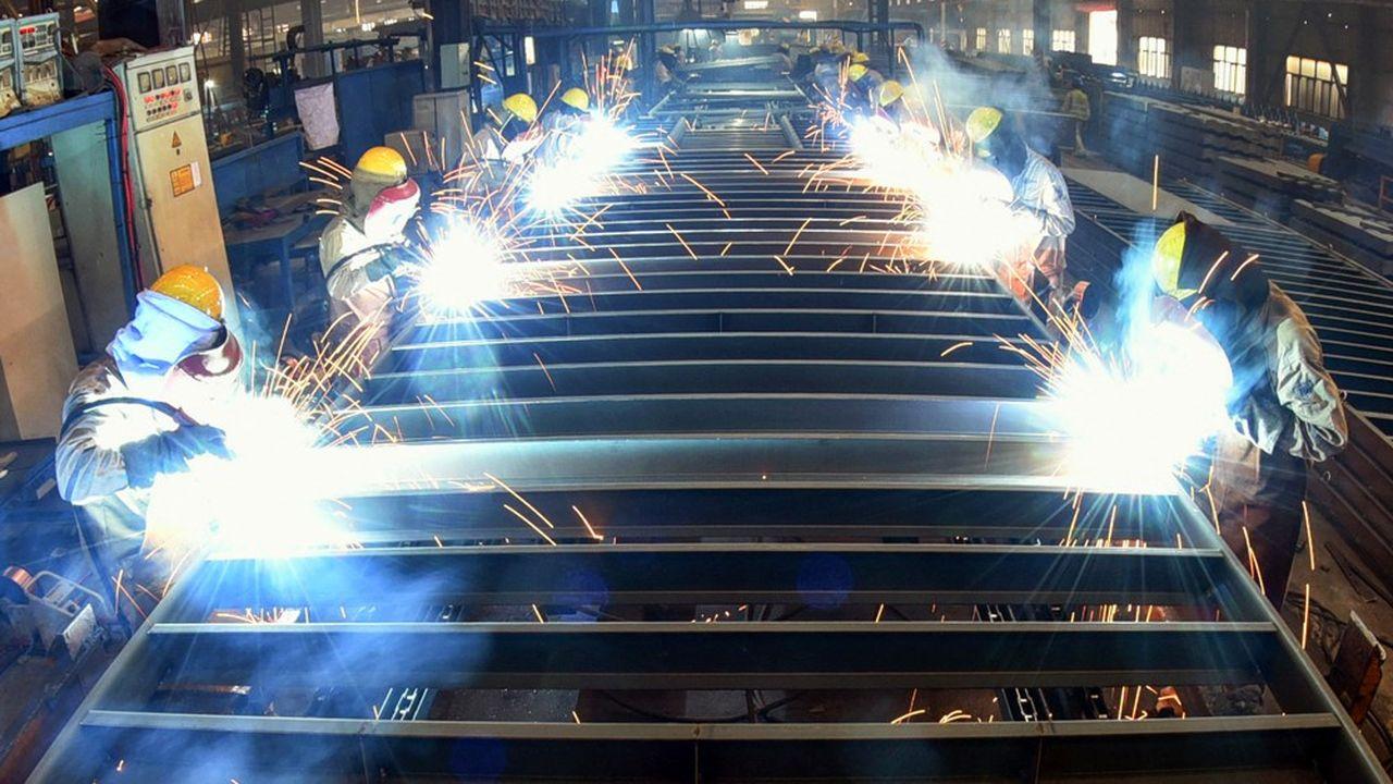 Sur les 40 secteurs industriels que scrute chaque mois le Bureau national des statistiques, 36 ont enregistré des hausses de prix.