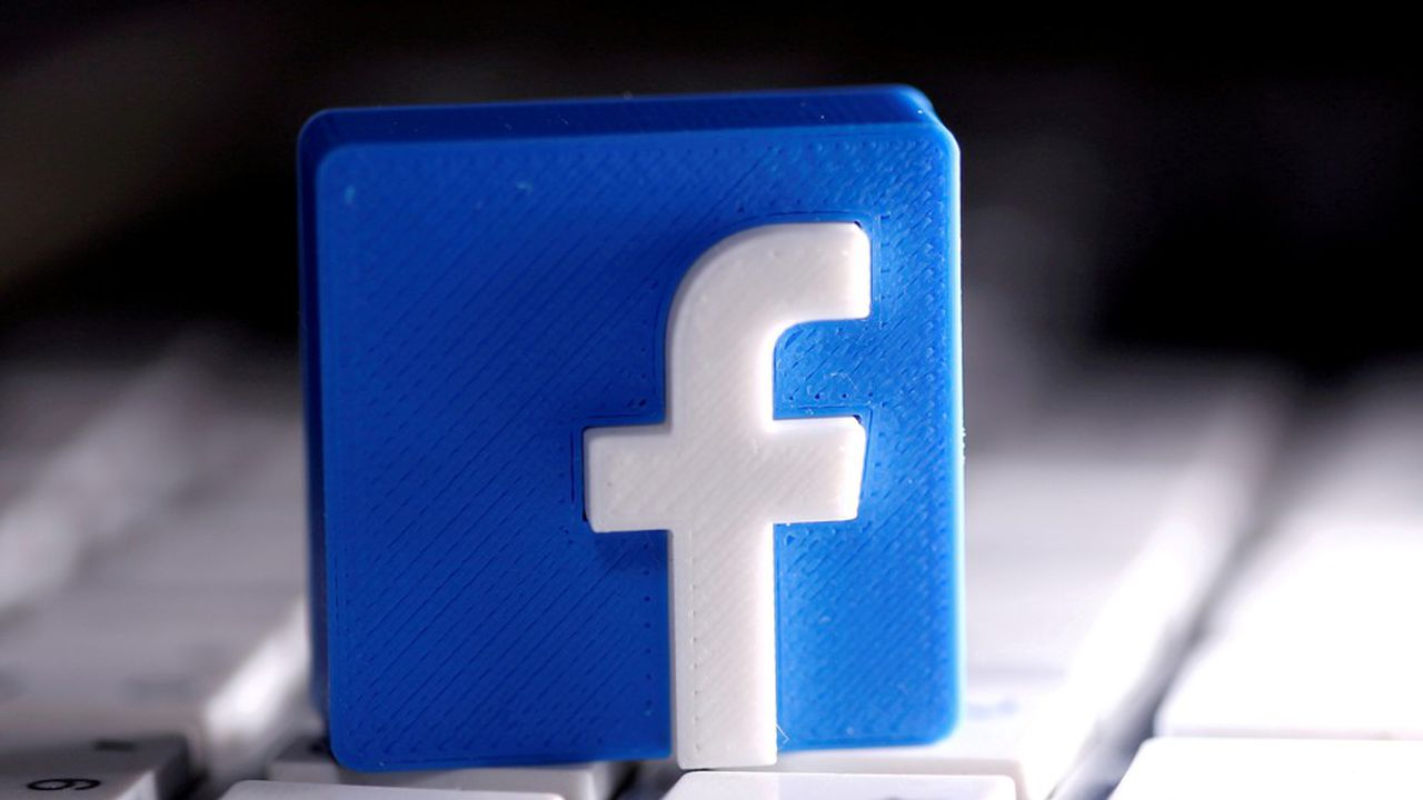 Facebook pourra retirer des messages privés ou des commentaires.